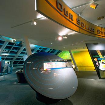 Adler-Planetatrium-Interior-01